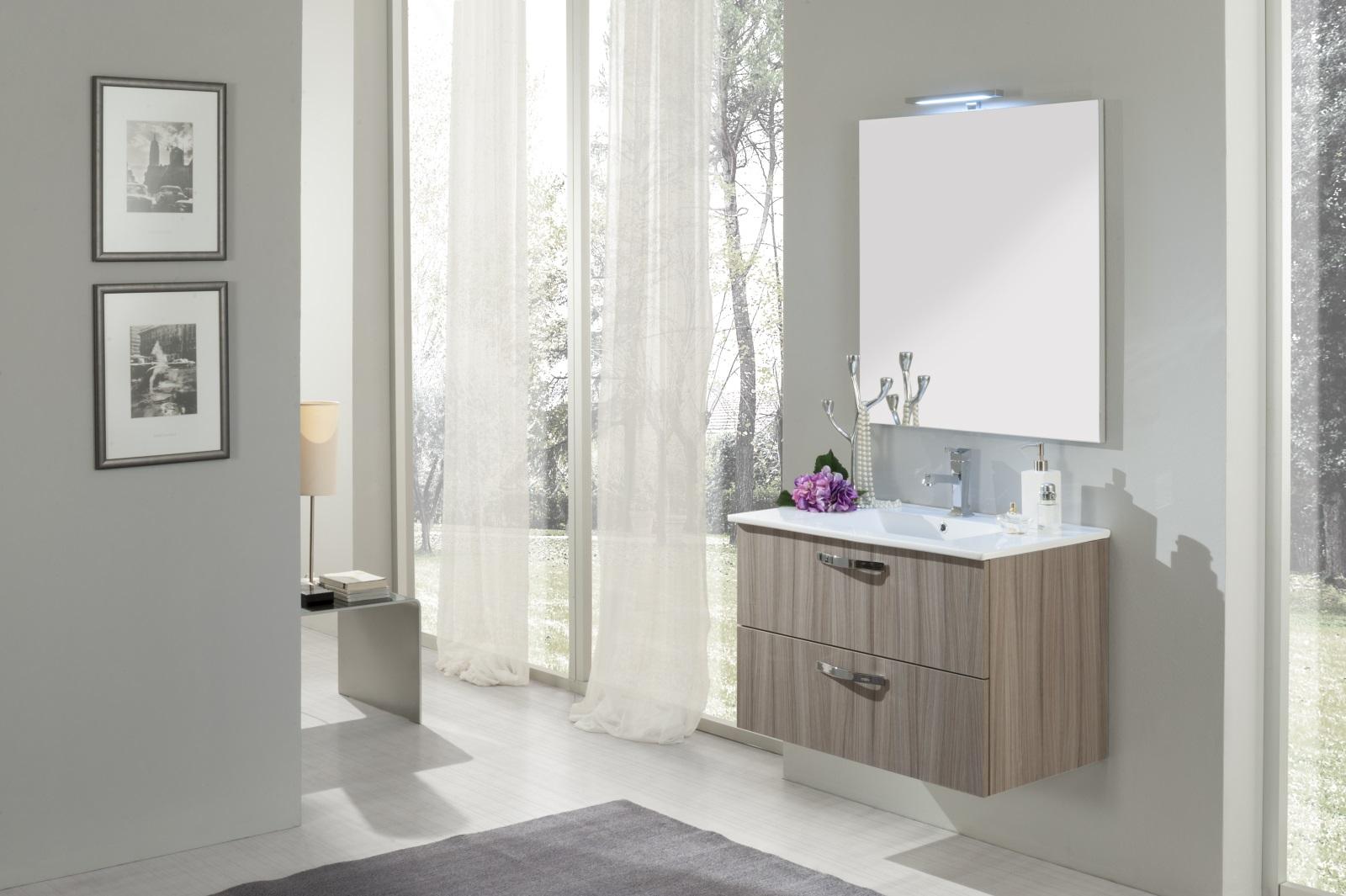 Specchio bagno moderno finest bergamo led applique per bagno with specchio bagno moderno - Specchio per bagno moderno ...